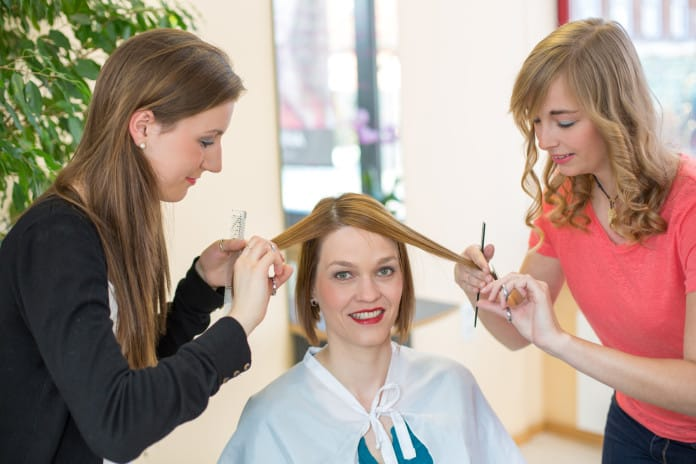Know About Different Types of Hairdressing Courses