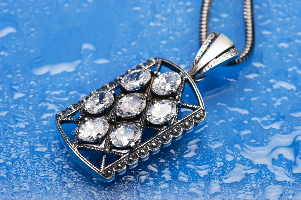 Guidelines on Purchasing Handmade Sterling Silver Jewellery