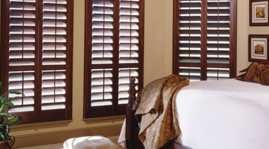 Wooden Venetian Blinds – Natural Warmth and Elegance